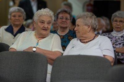 Világnapot ünnepeltek a Fraknó utcai idősek