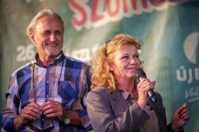 A Szomszédok tévésorozat színészeivel ünnepeltek a gazdagrétiek