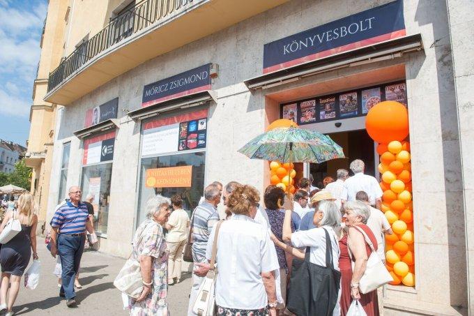 Állandó kedvezményt kínál újbudaiaknak a Móricz Zsigmond Könyvesbolt