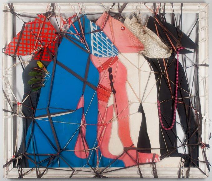 El Kazovszkij: Ötösfogat 1984. Olaj, farost, műanyag, madártoll, vegyes technika, 110x130 cm. Horváth Károly gyűjteménye. Fotó: Onucsán Ete