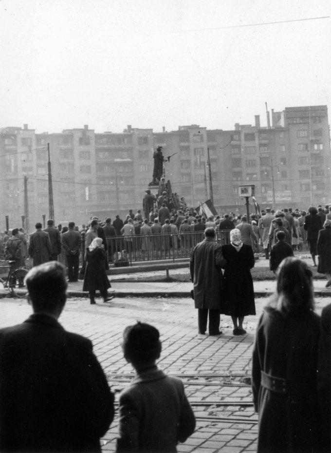 Budapest XI., Móricz Zsigmond körtér., 1956/Fortepan/Klausz Ádám