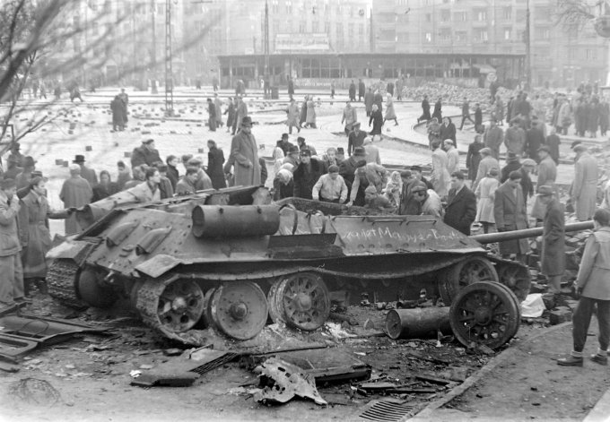 Budapest XI., Móricz Zsigmond körtér., 1956/Fortepan