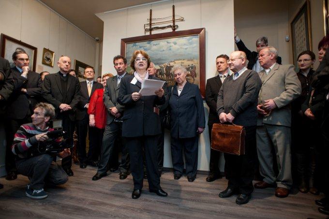 Régi emlékeket is felidéz a Nemzeti Portrétár most megnyílt kiállítása