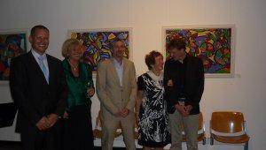 Testvérvárosi kiállítás a Mercedes-múzeum székhelyén