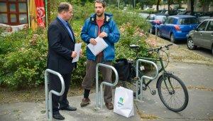 Kerékpártámasszal várja a bringásokat Újbuda