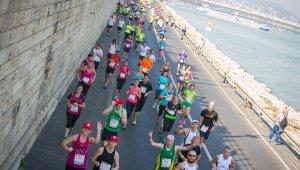Soha ennyien nem futottak Budapest Maratont