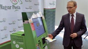 Csekkbefizető automatákat telepít a posta