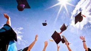Vasárnapig lehet beadni a felsőoktatási jelentkezéseket