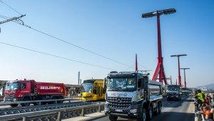 Ezer tonnánál többet bír a Rákóczi híd (foto: MTI)