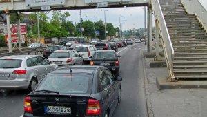 Vasárnap reggelre új helyére kerül a Budaörsi úti gyalogosfelüljáró