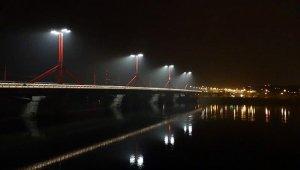 Teljesen elkészült a Rákóczi híd új köz- és díszvilágítása