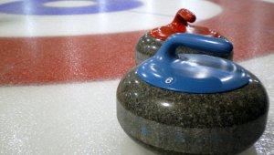 Zászlóavatás a Kamaraerdei Curling Klubban