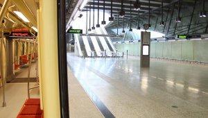 Átadták az új metróvonalat