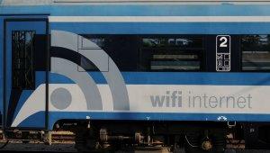 Még több vonaton lehet ingyen netezni